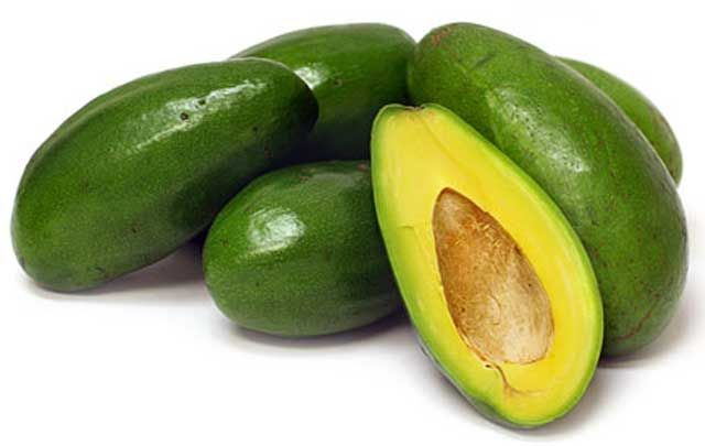 Amazing-Benefits-of-Avocado-for-Skin-Beauty