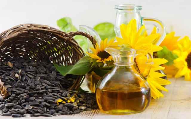 10 Benefits of Sunflower Oil for Skin