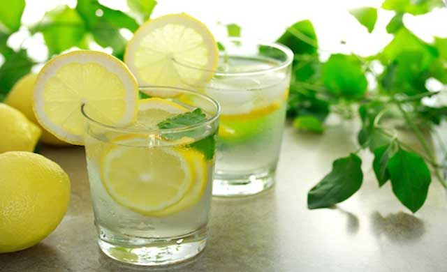 Health-Benefits-of-Lemon-Water