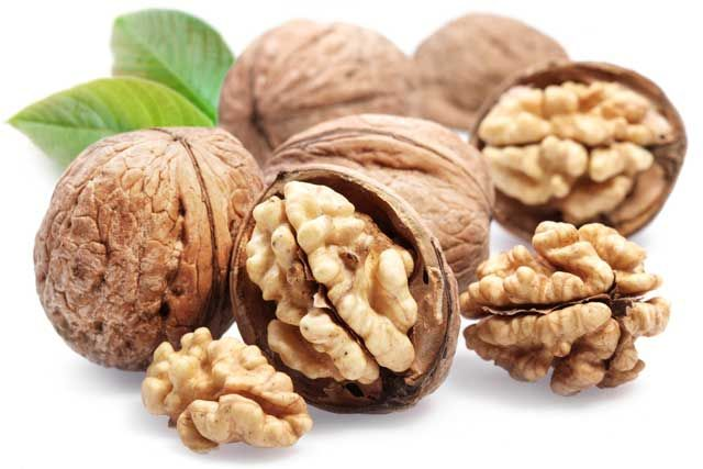 Benefits of Eating Walnuts During Pregnancy