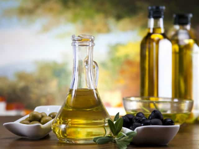 Olive-oil is alkaline foods
