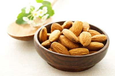 almonds is one of superfoods to build your muscles