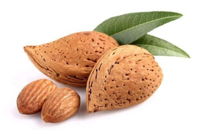 nutrition value of almond