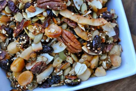 quinoa trail mix healthy salty snacks
