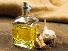 health benefits of garlic essential oil