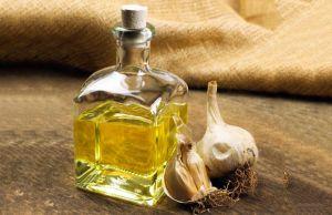 health benefits of garlic essential oil