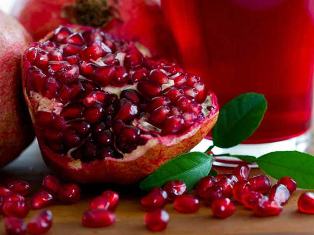 pomegranate fruit to boost immunity
