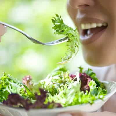 Leafy green salads dangerous foods in summer