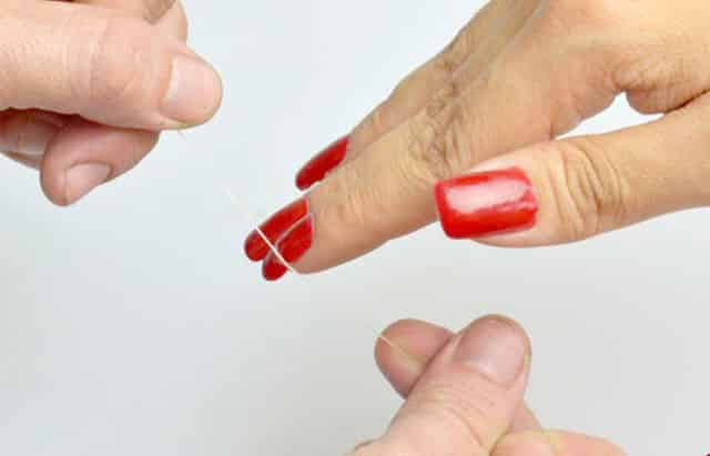 How to remove acrylic nails with